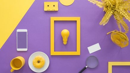yellow-frame-on-violet-background-PNCJ6TZ