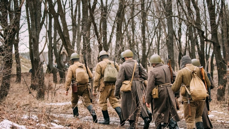 re-enactors-dressed-as-soviet-russian-red-army-P2VAPTQ