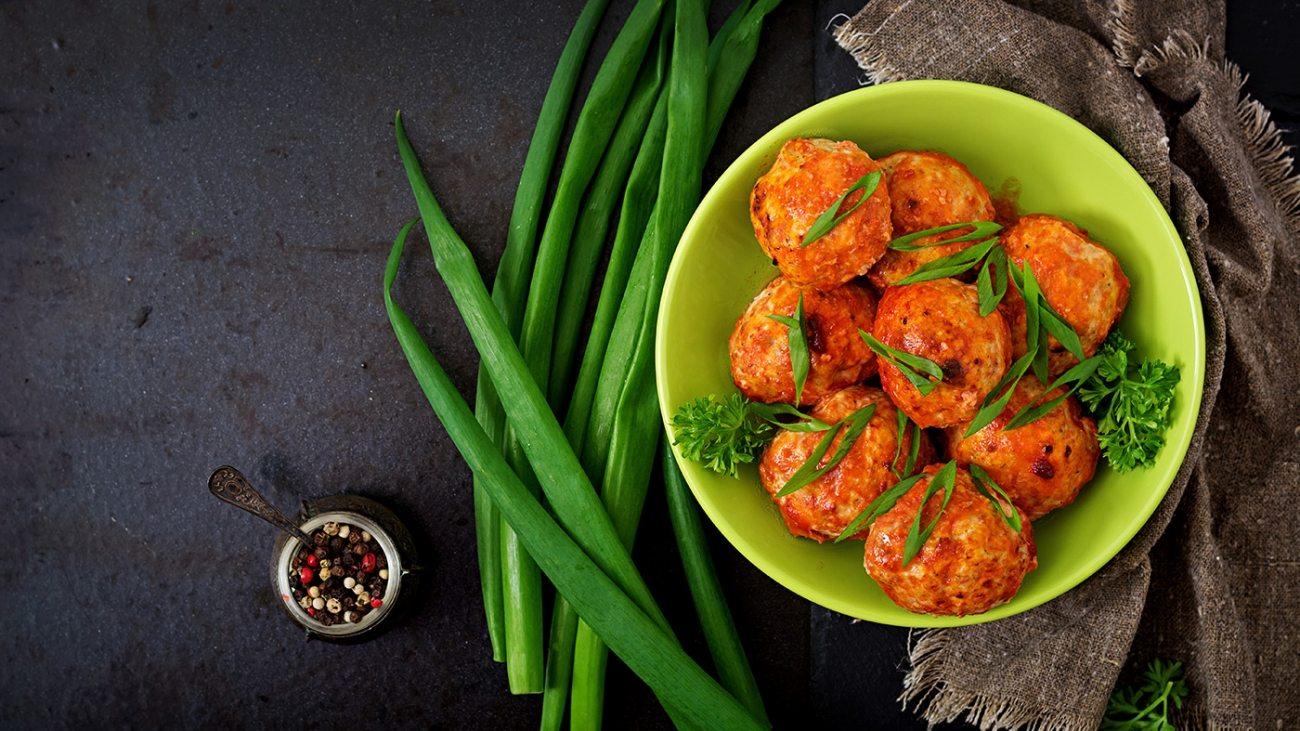 baked-meatballs-of-chicken-fillet-in-tomato-sauce-PGK6PTM