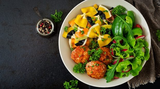 farfalle-pasta-durum-wheat-with-baked-meatballs-PQBKRNX