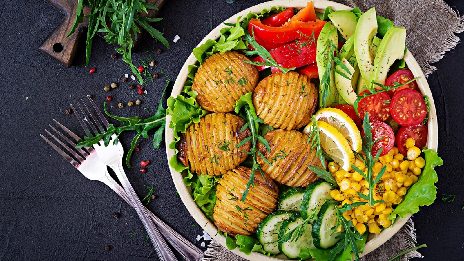 vegetarian-buddha-bowl-raw-vegetables-and-baked-KAYZM53