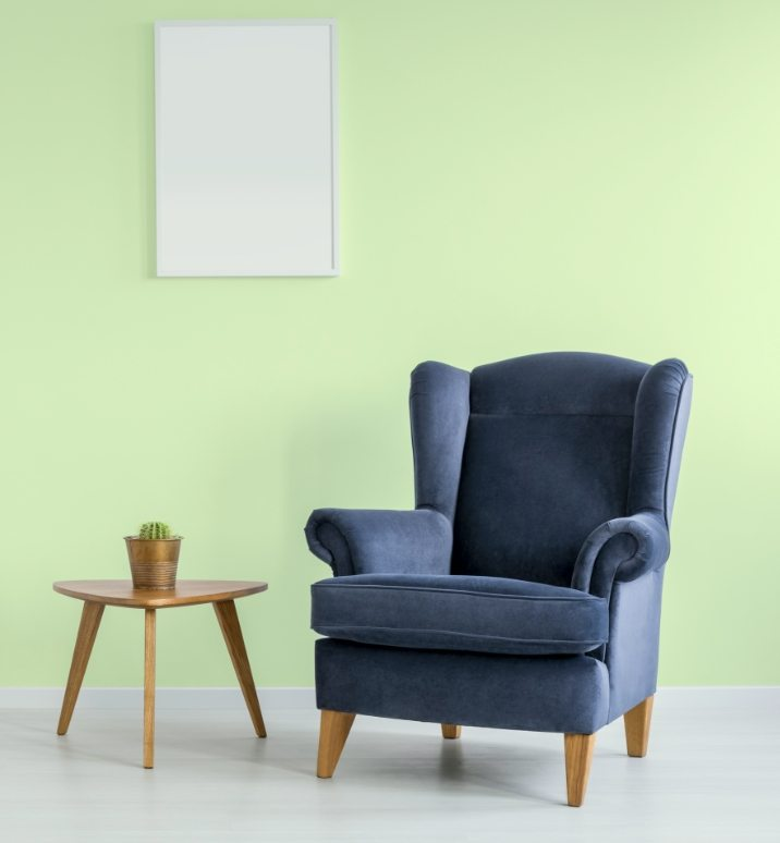 simple-green-room-PRY6LRR@2x