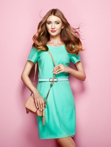 young-woman-in-elegant-green-dress-PVB8DA7