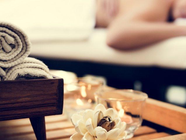 spa-salon-therapy-treatment-PZFBLW9