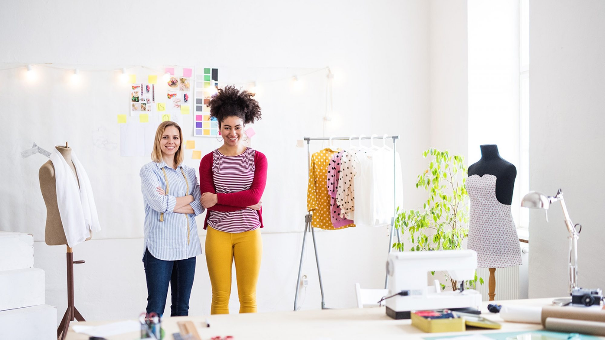 young-creative-women-in-a-studio-startup-business-P3RGJTF