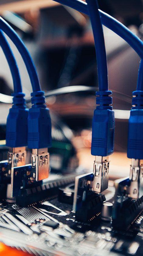 cryptocurrency-mining-rig-technological-details-P4D7PWV